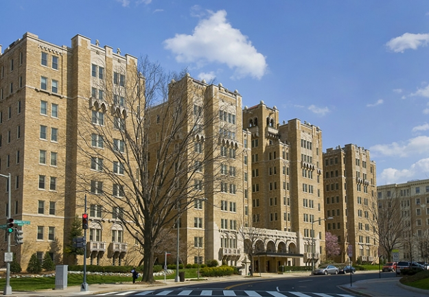 Penthouses of washington dc luxury condos real estate for Luxury real estate washington dc
