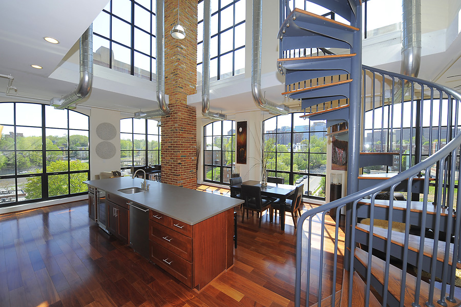 Wooster And Mercer Lofts And Modern Condos For Sale In Arlington Dc